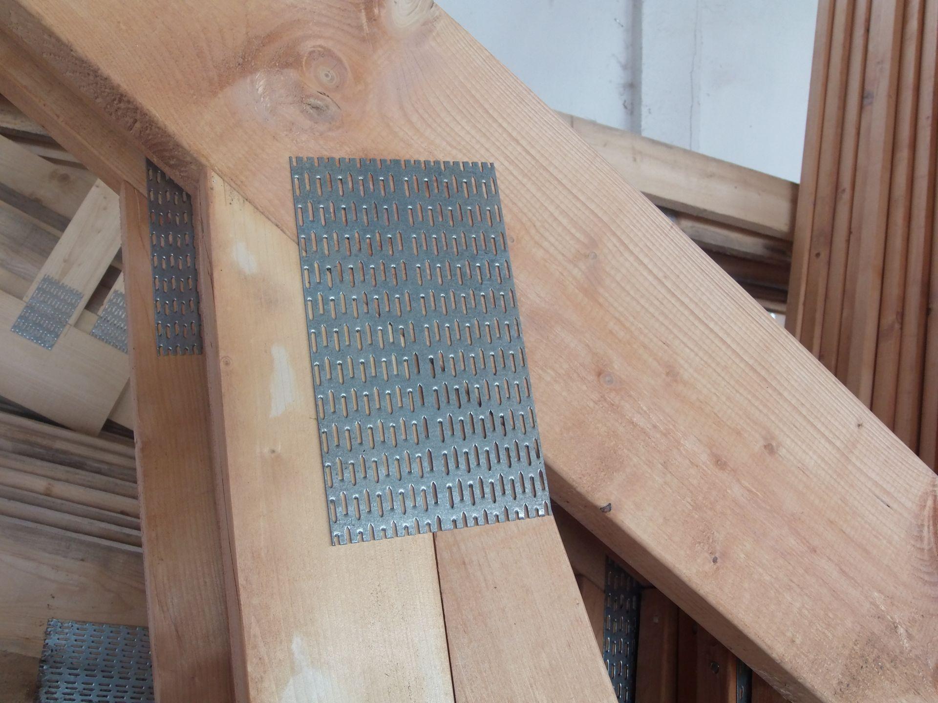 hantverkarpoolen-wood-constructions-plytka-kolczasta-www.jpg